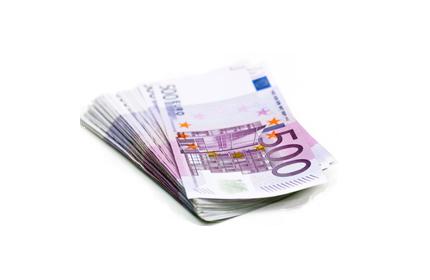 500-Euro-Scheine: bildlich für Schadensersatzanspruch & Schmerzensgeldanspruch im Medizinrecht.